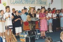 Die Schüler der 3. Klassen gestalten für die ABC- Schützen ein Programm.