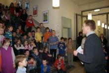 Die Musikschule Fröhlich spielte zu Begrüßung der Gäste bekannte und beliebte Weihnachtslieder.